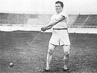 Hammerkasteren John Flanagan under OL 1908