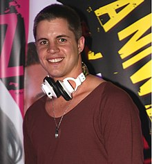 Johnny Ruffo, May 2012 (2).jpg