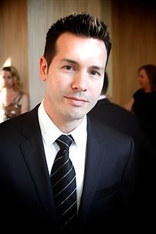 Description de l'image Jon Seda at 2014 Imagen Awards.jpg.