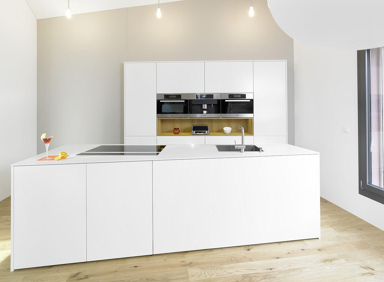 0 Weisse Küche Schwarzer Granit