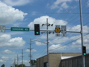 K-5 (Kansas highway) - K-5's eastern terminus at U.S. 69 in Kansas City.