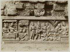 KITLV 28071 - Kassian Céphas - Relief of the hidden base of Borobudur - 1890-1891.tif