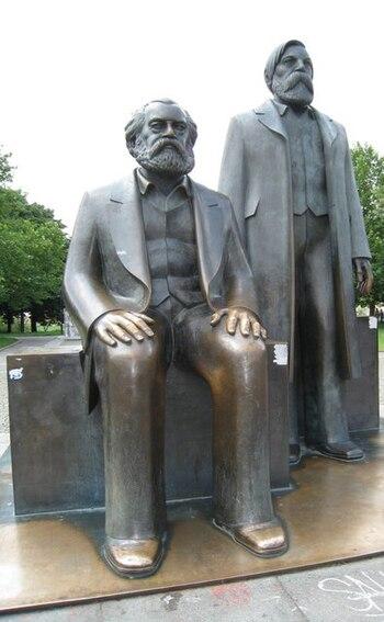 Karl Marx und Friedrich Engels - geo.hlipp.de - 3044