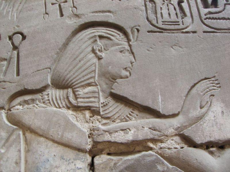 Archivo:Karnak Khonsou 080516.jpg