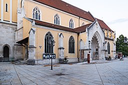Kirchplatz in Kelheim