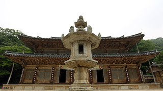 Korea Korail Temple Stay 110 (14579040836).jpg