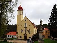 Kostel Navštívení P.Marie, Hluboké Mašůvky.jpg