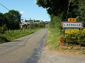 L'Échelle (Ardennes) city limit sign.JPG