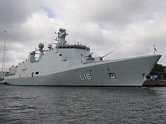 Absalon-class support ship - Image: L16 HDMS Absalon 20070902