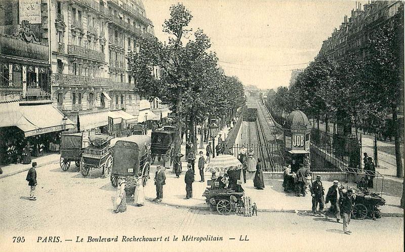 Fichier:LL 795 - PARIS - Le Boulevard Rochechouard et le Métropolitain.JPG