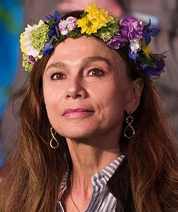 Lena Olin in 2015.jpg