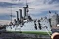 Leningradská povinnost, křižník Aurora - panoramio.jpg