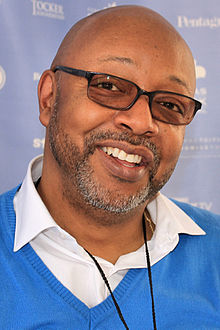 Leonard Pitts Jr 2015.jpg