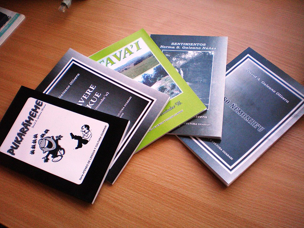 Libros en guarani