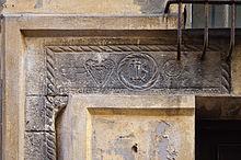 Linteau De 1482 Dans Le Vieux Nice, Avec Le Monogramme IHS.