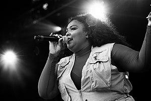 Lizzo - Image: Lizzo performing at Boston Calling, 2016