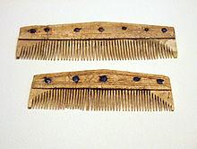 Lombard combs from Szólád, Hungary.jpg
