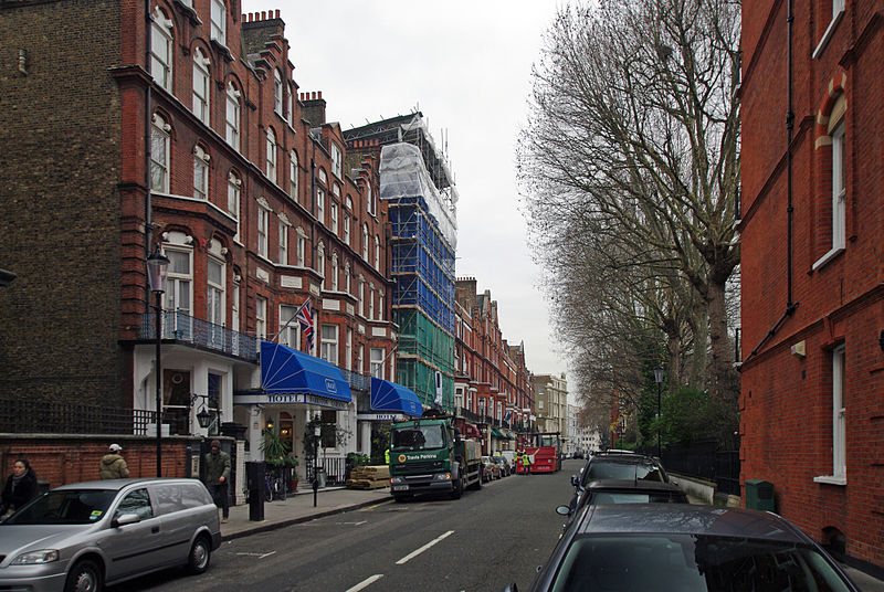 File:London barkston gardens Street.jpg