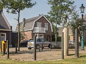 Loon op Zand - Image: Loon op Zand, sculptuur Doctor van Kesselstraat Kerkstraat foto 6 2015 08 13 16.45