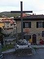 Loro Ciuffenna - Croce memoriale.jpg