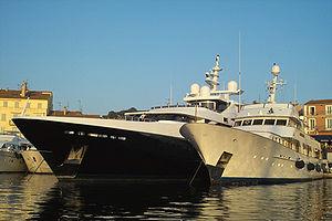 Luxury yacht - Two luxury yachts in Saint-Tropez.