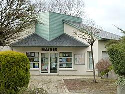Mairie de Lourenties vue 2.JPG