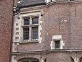 Maison du Prévôt Valenciennes (fenêtre).jpg