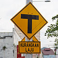 Malaysia Traffic-signs Warning-sign-03a.jpg