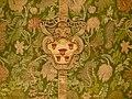 Mantellina con stemma compagnia delle stimmate, ultimo quarto del xvii-primo quarto del xviii sec, damasco broccato.JPG