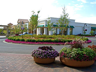 Lifestyle center (retail) - The Shoppes at Arbor Lakes, a lifestyle center in Maple Grove, Minnesota