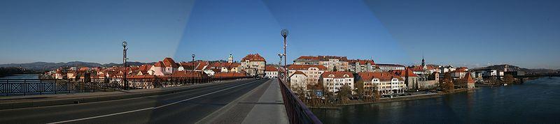 File:Maribor panorama 20070107.jpg