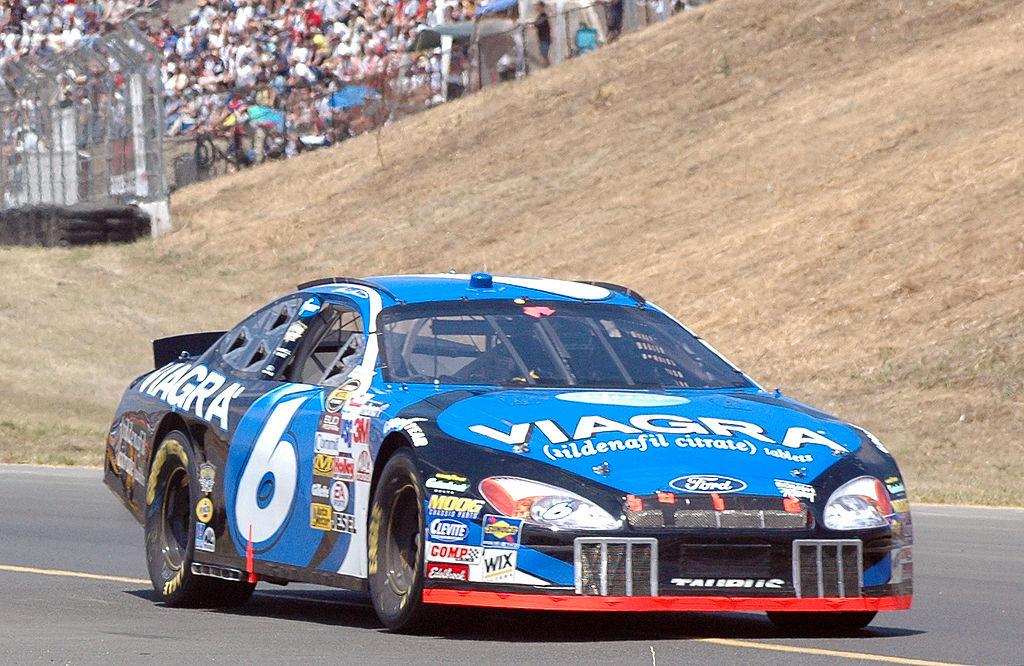 El interés del cliente por el Viagra también fue aprovechado por el automovilismo deportivo.