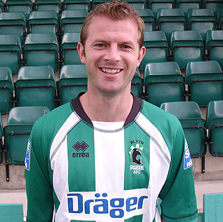 Martin Smith (footballer, born 1974) English association football player (1974-)