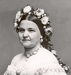 Mary Todd Lincoln cropped.jpg