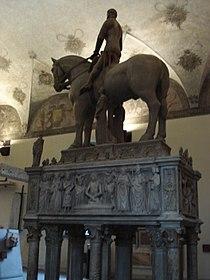 Milano - Castello sforzesco - Bonino da Campione (sec. XIV) - Tomba Bernabò Visconti - Foto Giovanni Dall'Orto - 6-1-2007 - 09.jpg