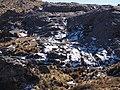 Montaña Rocosa con nieve - panoramio.jpg