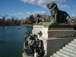 Monumento a Alfonso XII (Madrid) 09.jpg
