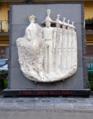 Monumento all'Arma dei Carabinieri a Torre Annunziata.png