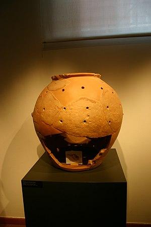 Glirarium - A glirarium exhibited at the National Archaeological Museum in Chiusi.