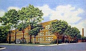 Muskegon High School - Image: Muskegon High School