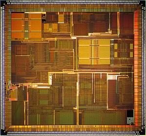 R10000 - NEC VR12000 die shot.