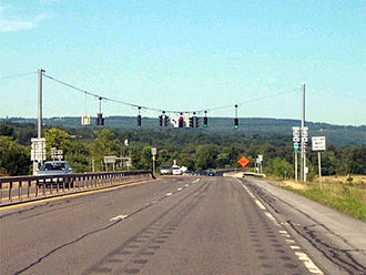 New York State Route 28 - Image: NY 28 at NY 5S west