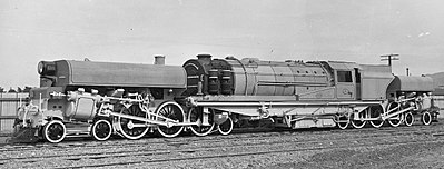 NZR's G class Garratt locomotives failed to live up to expectations. NZR g class garratt.jpg