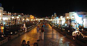 Sharm El Sheikh - Image: Naama Bay 2005