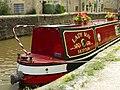 Narrow boat on the canal at Skipton - geograph.org.uk - 1806053.jpg