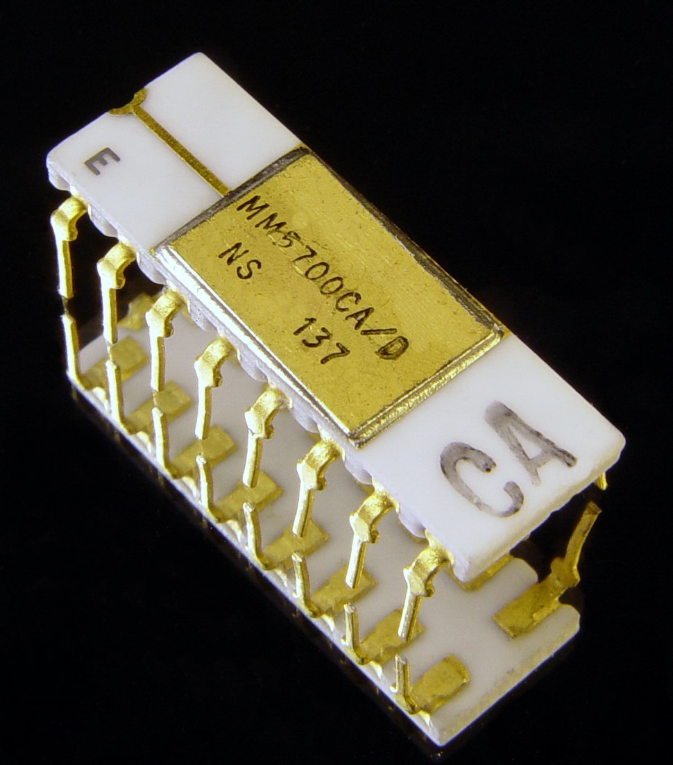National Semiconductor MM5700CA D Microprocessor