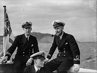 Royal Naval Reserve - Lieutenants of the RNR (left) and RNVR (right) during the Second World War - note the difference in insignia styles.