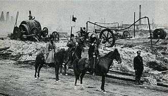 Armenian–Tatar massacres of 1905–07 - A Cossack military patrol near the Baku oilfields, ca. 1905.