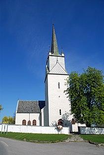 Nes church2.JPG