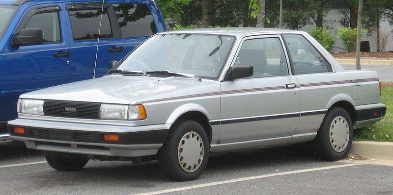 1990 Nissan Sentra XE - Sedan 1.6L Manual